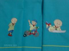 Ruca-lenol personalizado (leonilde_bernardes) Tags: bordados lembranas bebs toalhas molduras ziguezague enxovis