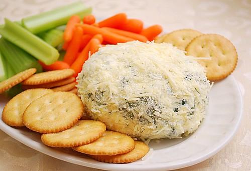 Spinach & Artichoke Cheeseball
