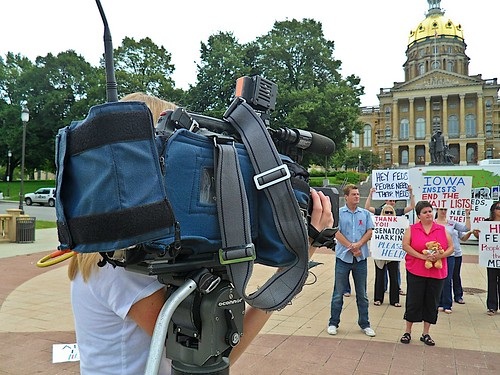 AIDS Advocates Rally at Iowa Capitol
