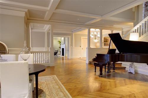 house piano 2