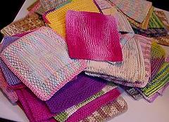 Pile of knitted & crocheted washcloths/dishcloths (EraPhernalia Vintage . . . [''playin' hook-y''] ;o) Tags: shower bath soft pretty knit cleaning yarn dishcloth variegated dishes bathing washing thick knittingneedles washcloth dishrag crocheting washrag crochethooks freepatterns ravelry 100cottonyarn eraphernaliavintagesphotostream colorchangingyarns peachescremeyarns picturecloths sugarcreamyarns lionbrandcottonyarns worstedweightcottonyarn