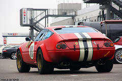 Ferrari 365 GTB/4 Daytona (Niels de Jong) Tags: park red classic canon eos conversion commons zee ferrari explore stunning april 365 daytona circuit zandvoort aan racer ferarri fcn ferari 2011 gtb4 striping cpz competizione rijvaardigheidstraining explored nielsdejong 1000d ferrariclubnederland ndjmedia