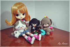 Mikan and the puppies (Au Aizawa) Tags: dog garden puppy japanese handmade dal felt warner rement tweety fashiondoll toolset looneytunes
