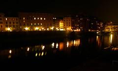 Il Arno! (QuinntheIslander) Tags: italy beautiful night florence italia time nighttime tuscany firenze bella toscana bellissima firenzedinotte florenceatnight italyatnight italiadinotte