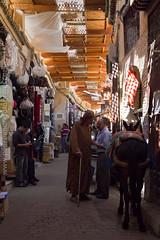 Medina Fez (Pedro Csar Andr) Tags: africa luz andre pedro fez medina cor cultura rabat marrocos marroco