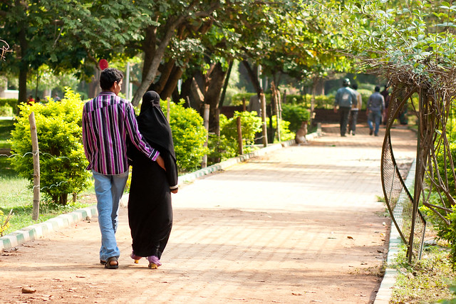 Couple strolling in Cubbon Park in Bangalore