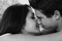 Eccoti sai ti stavo proprio aspettando  ero qui ti aspettavo da tanto tempo  tanto che stavo per andarmene e invece ho fatto bene... (OfBack B&F) Tags: love kiss lovers amore bacio boyandgirl