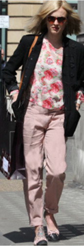 Fearne Cotton heading to Radio 1 studio in Own The Runway's floral chiffon blouse 03.05.11