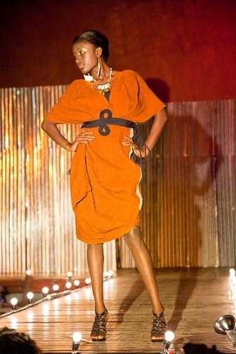 Amani.Liberia(w.Korto Momolu)Yekapa.show(photos.by.Heidi.Sheppard)_031