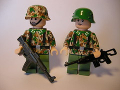 German panzergrenadiers Lego (MR. Jens) Tags: lego m1 wwii german ww2 44 carbine sturmgewehr panzergrenadier stg44 soldiers