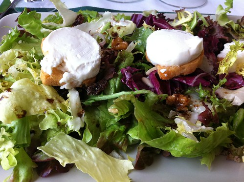 La Cellera de Ter | El Pasteral | Ensalada con queso de cabra