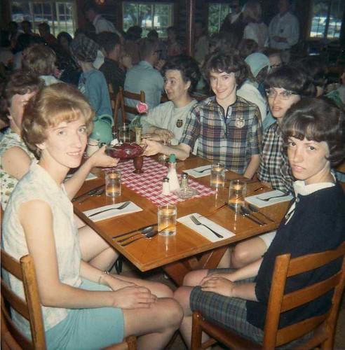 img158_Mary_Linda_Dorthea_Kathy_Carole_Dining_at_Jack_and_Jill_Ranch_1966