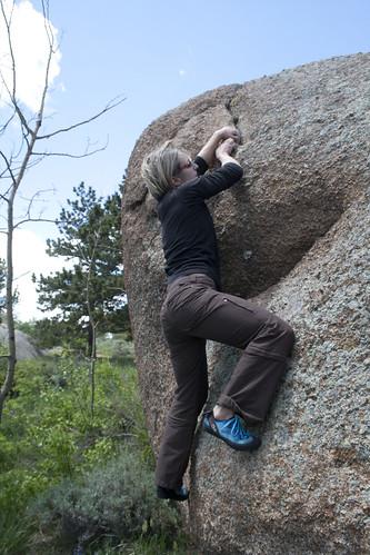 cassie-bouldering