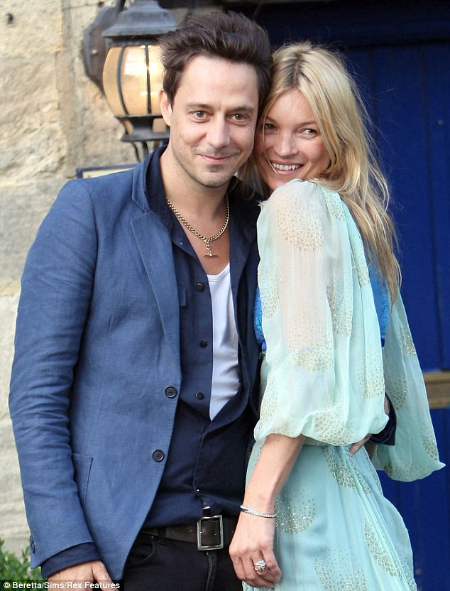 Bride-to-be Kate Moss goes 70s style as she heads to rehearsal dinner with fiancé Jamie Hince  1