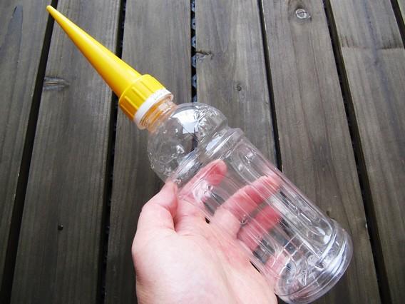 給水くんをペットボトルに付けたところ