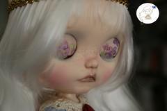 Violette by edeadolls. (edea44) Tags: blythetblcustomedeaedeadollscarvingmaquillaje ooak pecas gtica gothic sad triste
