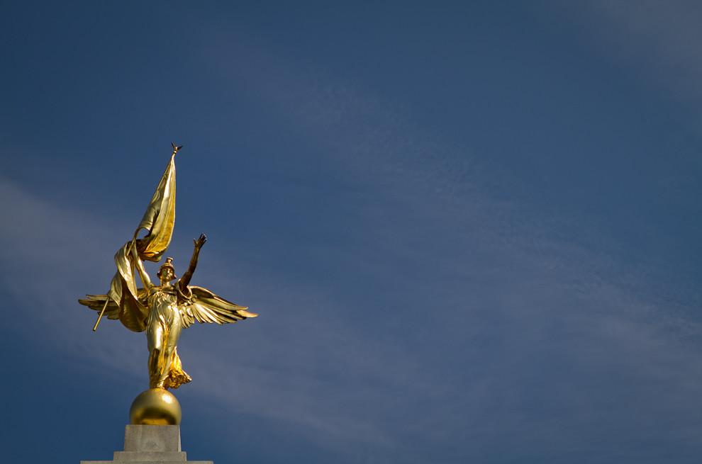 La Estatua de la Victoria, en honor a todos los soldados norteamericanos que lucharon en la Primera Guerra Mundial, se yergue a poca distancia de la Casa Blanca. (Tetsu Espósito - Washington, Estados Unidos)