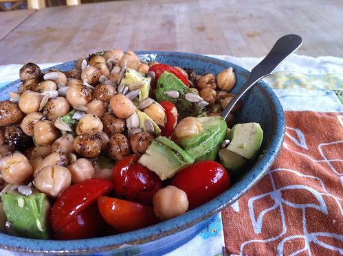 salad with garbanzo beans