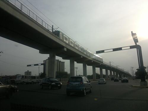 Metro andando by egfernandeza