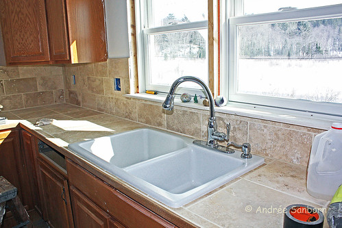 Kitchen Sink (3 of 6).jpg