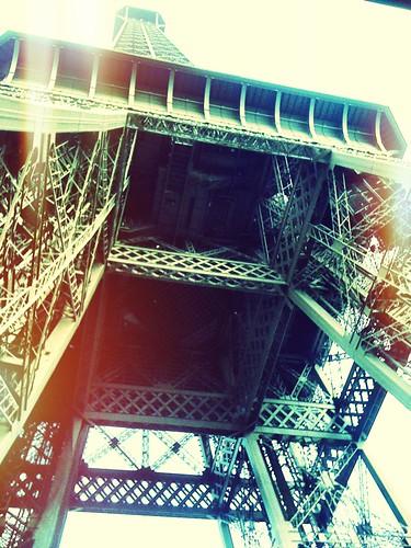 <span>parigi</span>Tour Eiffel<br><br><p class='tag'>tag:<br/>luoghi | viaggio | parigi | </p>
