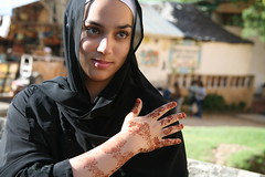 Mehndi (cat sales) Tags: portrait people woman canon hand veil kenya outdoor african depthoffield 5d henna mehndi mombasa eastafrica catsales catherinesales