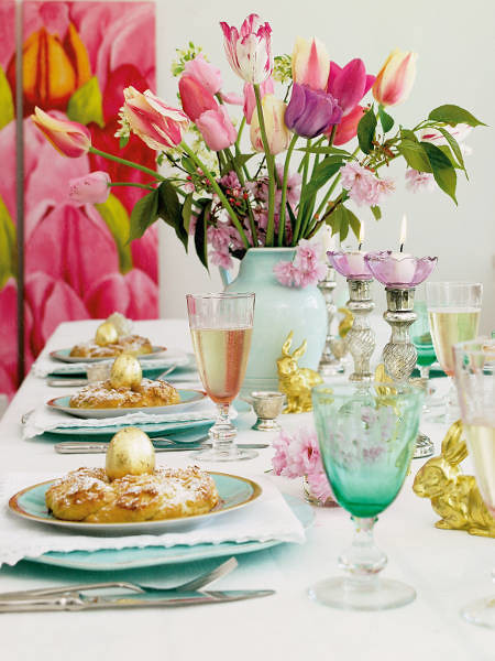 Happy Easter Table Decoration via by decoração e ideias