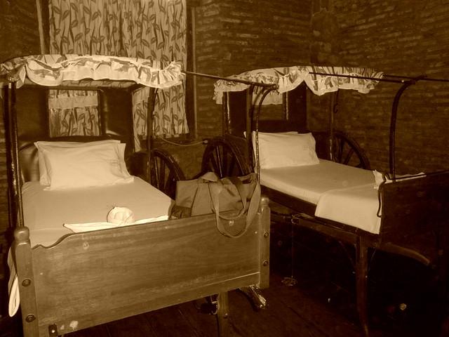 Grandpa's Inn (3)_sepia2