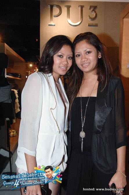 Putri Azalea & Putri Yasmin of PU3