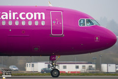 HA-LPJ - 3127 - Wizzair - Airbus A320-232 - Luton - 110302 - Steven Gray - IMG_0225