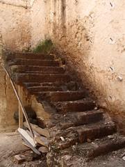 "AVR2011-LaHavane Habana (5) (escalepade) Tags: cuba award ruine habana flikr strairs escaliers caraibes havane lahavane ""flickraward"" cubacaraibes"