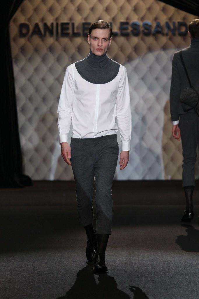 Oskar Tranum3195_FW11_Milan_Daniele Alessandrini(Homme Model)