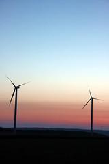 Windkraftraeder-bei   Guggenberger Hhe  (Hardheim-Miltenberg) (frank hahner) Tags: blue sky clouds force wind rder wheels himmel wolken blau kraft turbines windkraftrder