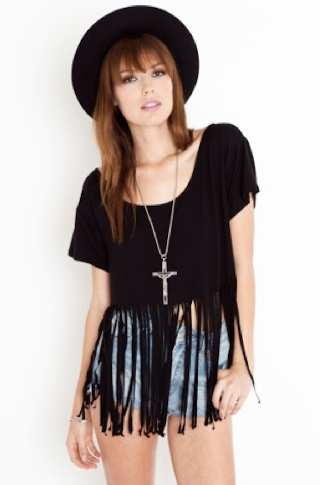 DIY Fringe crop t-shirt 1