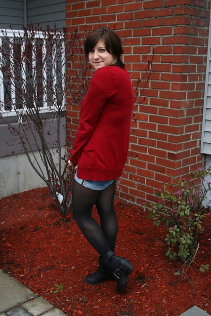 stripes, pearls, black, red, shorts, black moto boots