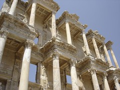 HELLENIC ARCHITECTURAL ADMIRE (dimitra_milaiou) Tags: sculpture white art history stone greek sony tourist greece marble ephesus archeological dimitra efessos dscp93a   globalinterest milaiou