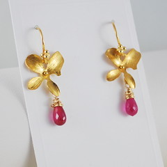 Burma Ruby and Gold Vermeil Orchids (livjewellery) Tags: orchid flower floral handmade feminine jewelry jewellery precious earrings elegant hotpink gemstone wirewrapped julybirthstone burmaruby goldvermeil