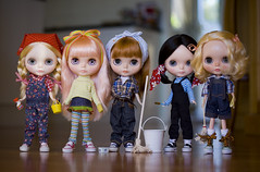 cleaning ladies (JennWrenn) Tags: family ladies doll cleaning blythe magdalena maizie maxine mim mallorie primadollysaffyencore matryoshkamaiden primadollyaubrena primadollytokyo stellasavannah