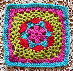 Impossible Hexagon (Lindevrouwsweb) Tags: grannysquare haken vierkantjes
