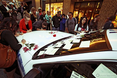 Vancouver Love (PiscesDreamer) Tags: street city flowers thanks vancouver writing riot downtown thankyou notes britishcolumbia apology policecar vandalism vehicle messages gratitude granvillestreet hooligans stickynote policecruiser vancouvercanucks fordcrownvictoria vpd vancouverpolicedepartment stanleycupplayoffs thehudsonsbaycompany cruiserd8133