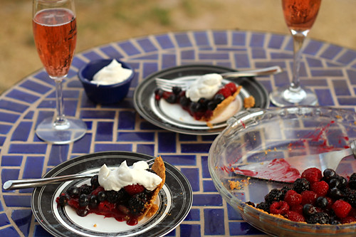 summer berry pie 5
