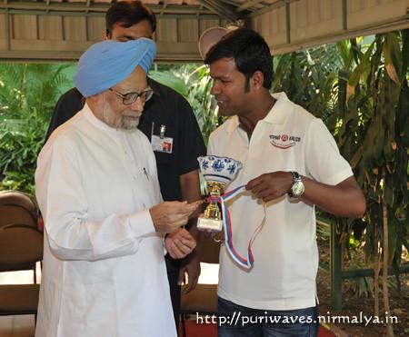 Sand Artist Sudarsan met Prime Minister