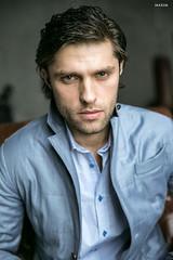 На Илье: рубашка Daniel Hechter, пиджак Mabrun