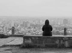 Apreciando el despertar de la Ciudad (Nicols Mancini) Tags: ciudad vista chica nubes bn soledad maana city morning girl bw alone view provinciadebuenosaires argentina tandil paz peace