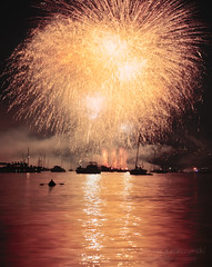 Man versus Big Bang Theory (janusz l) Tags: china park man night vancouver boats fireworks canoe kitsilano celebrationoflights westend vanier symphonyoffire fireinthesky refections hadden janusz leszczynski bigbangtheory pyromusical manversusbigbangtheory 003806