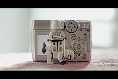 New photographers. (Palentino) Tags: camera fun toys starwars photographer lego coolpix 5600 camara juguetes diversin fotografos