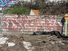 DICE (Lurk Daily) Tags: dice graffiti bay berkeley east dicer