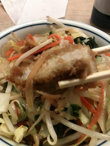 かつやの野菜炒めカツ丼