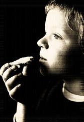 Two minutes of sitting still (karin2xk) Tags: portrait white black breakfast eating son portrtt fotosndag fs110410