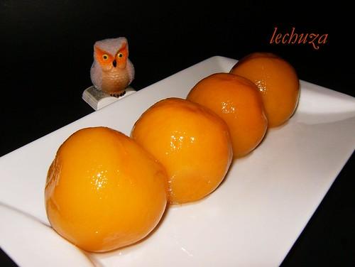 Magdalenas de melocoton-fruta